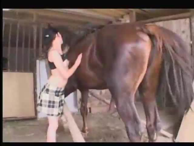 zoofilia Girl and horse ZooTube Videos